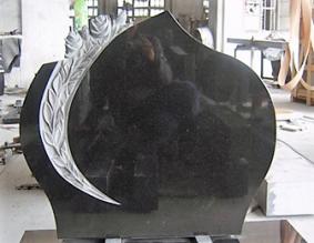 Hauakivi-85x65x10cm-roosid