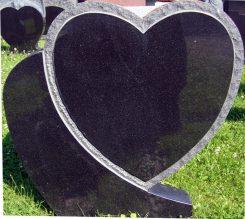 Hauakivi-75x75x10cm-südamega